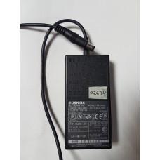 Блок питания для ноутбука 15V 2A (Toshiba)