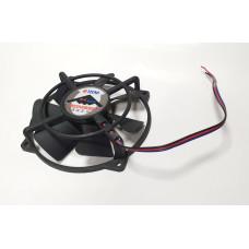 Вентилятор 100x100x25mm (крепление 92x92) TITAN BOMBER ЕАВ-10025LL12Z/N (3pin) без коннектора (б/у)